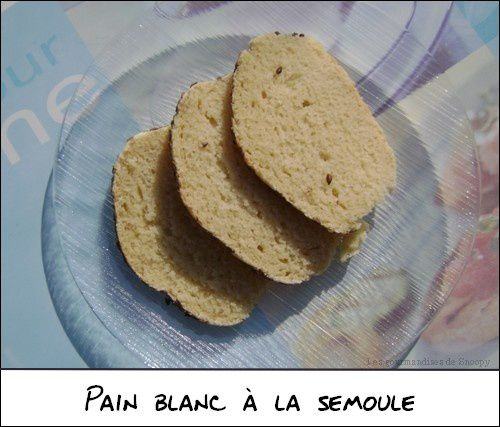 Pain-blanc-a-la-semoule.jpg