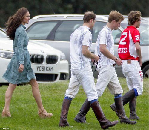 Kate Middleton Match de Polo Mai 2012 (1)