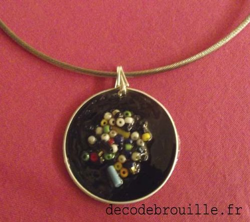COLLIER PERLES ROCAILLE
