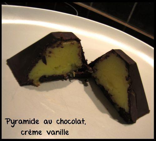 pyramide-au-chocolat-creme-vanille--copie-2.jpg