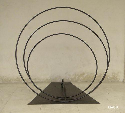 sculpture-accueil-copie-1.jpg
