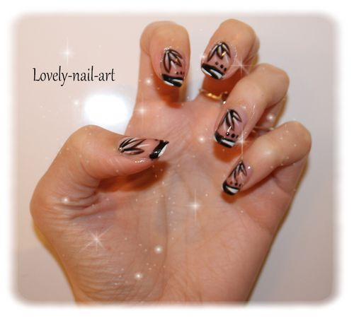 nail-art-Black-and-white-4-copie-1.jpg