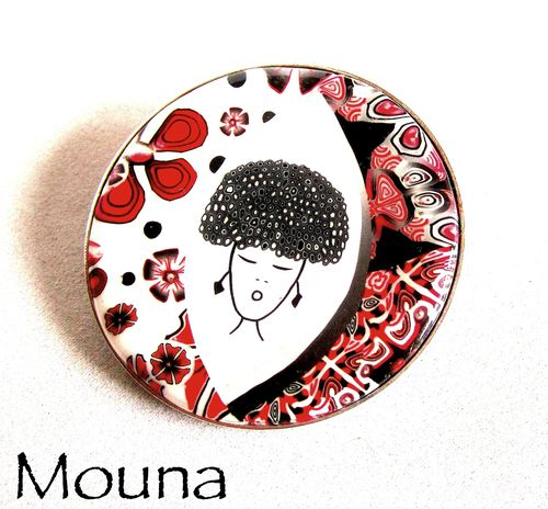 Broche Russian girl 1 DISPONIBLE: 18 euros.