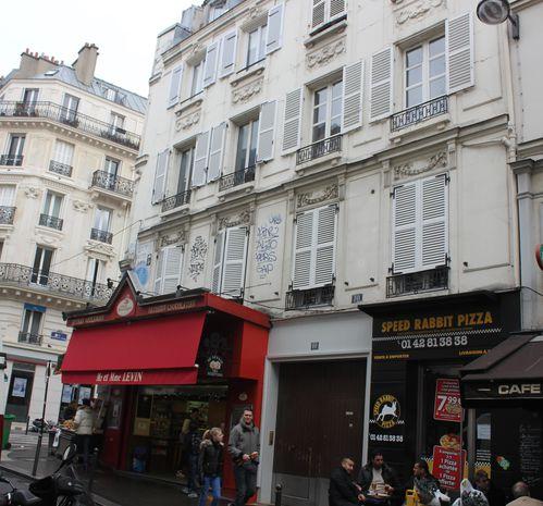 rue-des-martyrs-116.JPG