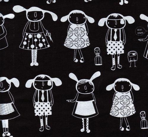 aunty-cookie-black.jpg