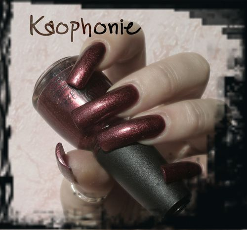 riveter-rouge-china-glaze-002