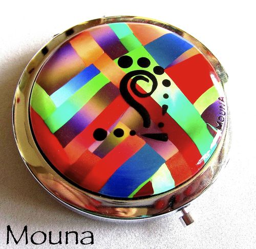 Miroir de sac Love colors 1 DISPONIBLE: 21 euros.