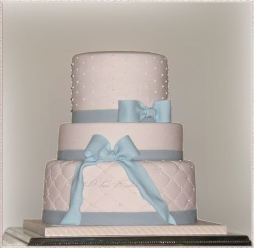 wedding-cake-rose-pale-matelassé