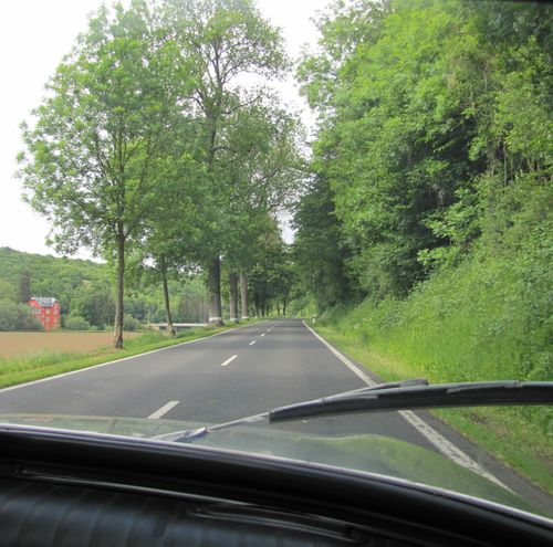 route luxembourgeoise en Panhard