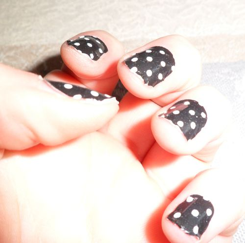 photo nail art surexposée