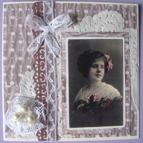 carte rétro fleur 3 perles 1