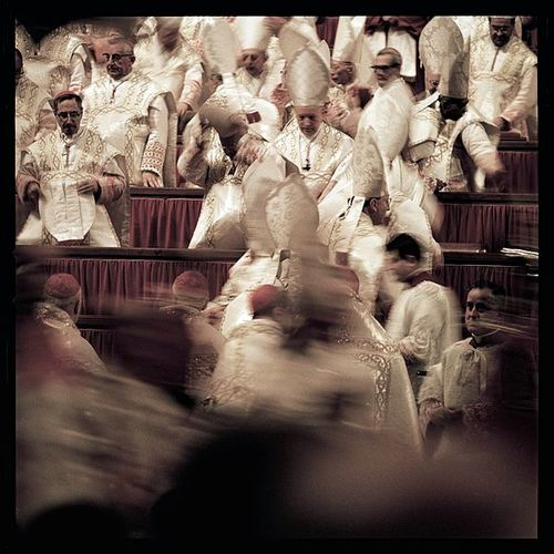 600px-Second Vatican Council by Lothar Wolleh 004