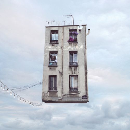 Laurent-Chehere-Flying-Houses-Couscous-a-emporter-Galerie-P