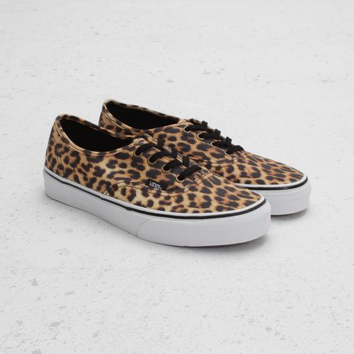 vans-authentic-leopard-1.jpg