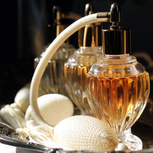 ob_e11cef57d2ba1167590fc1f4f106c5f7_atomiseur-parfum.JPG