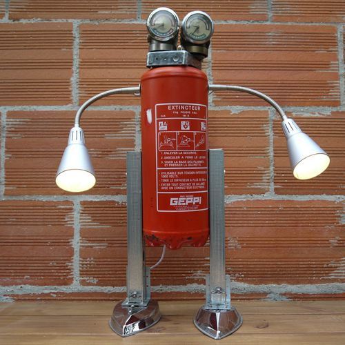 recycled metal art robot lamp