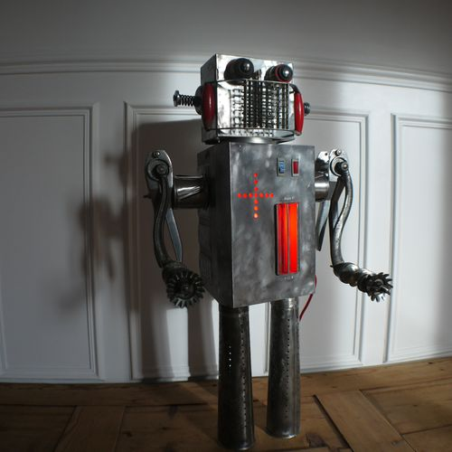 recycled robot assemblage-copie-1