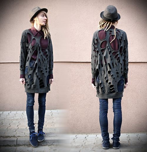 Skull cut-out-tee-02