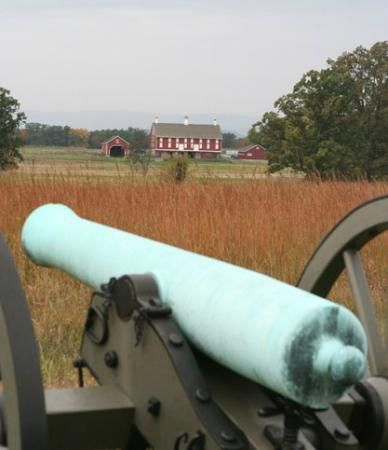 Pickett-charge--vue--battleground-tours.jpg