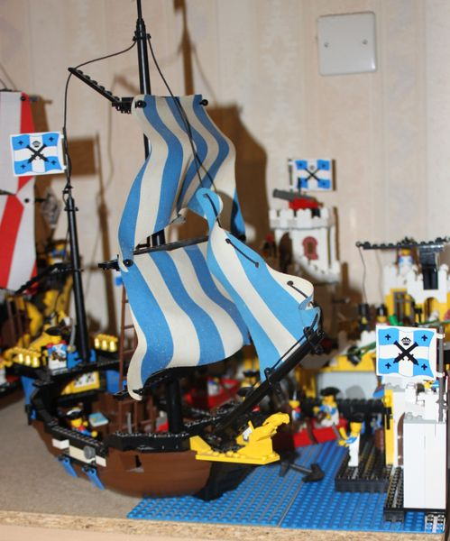 LEGO Pirate 6285 Black Seas Barracuda 25