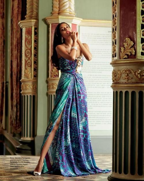 Lisa-Haydon-pour-FEMINA--Avril-2012----Fashion-Ind-copie-4.jpg