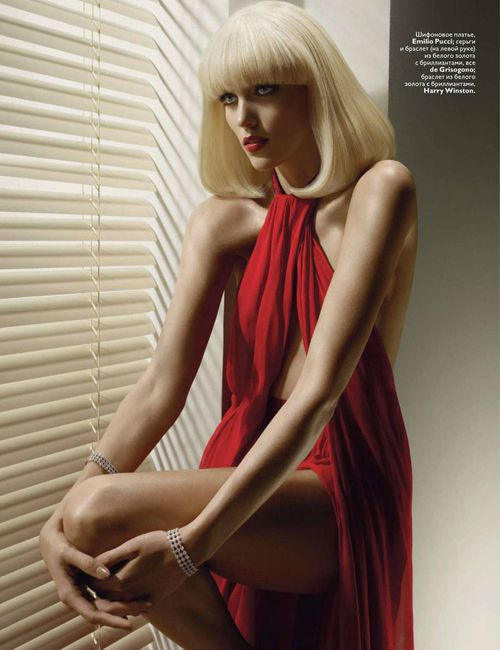 Anja-Rubik-by-Solve-Sundsbo-for-Vogue-Russia-November-201.jpg
