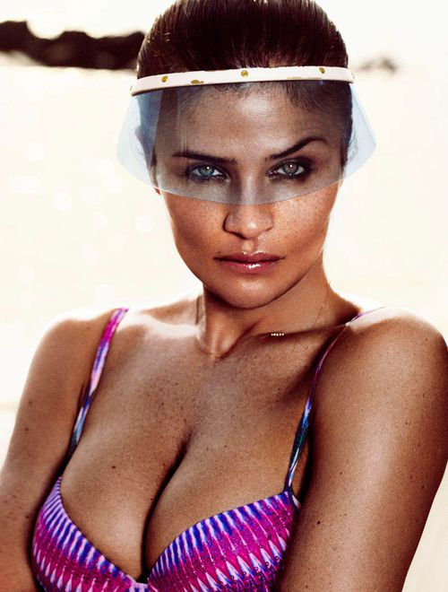 HELENA_CHRISTENSEN_by_Xavi_Gordo_16.jpg