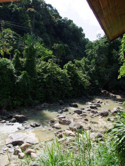 source eau chaude ranong thailande