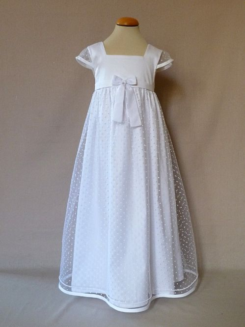 robe Blanche plumetis 1