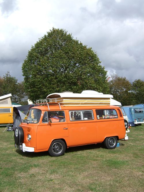 Vanfest-2001-French-camp-1.JPG