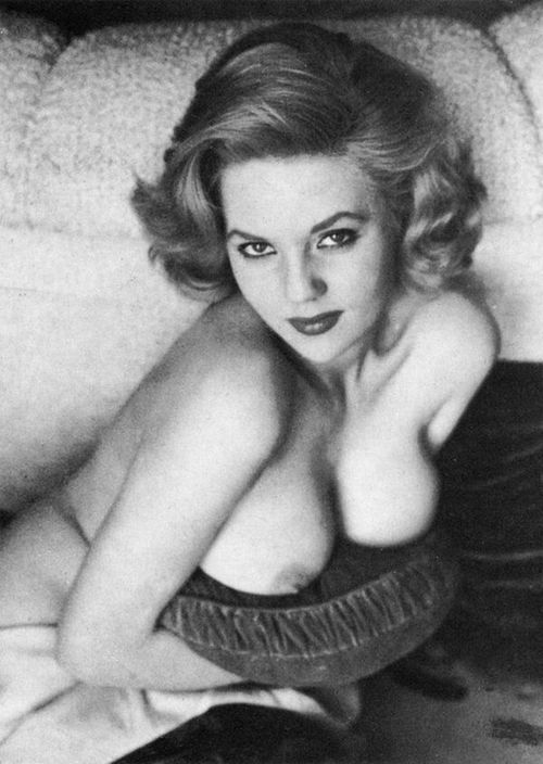 Playboy-Octobre-1957-033 Colleen Farrington