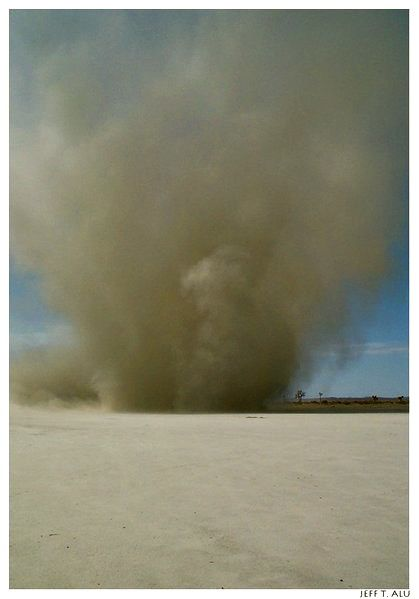 Mojave_DustDevil.jpg