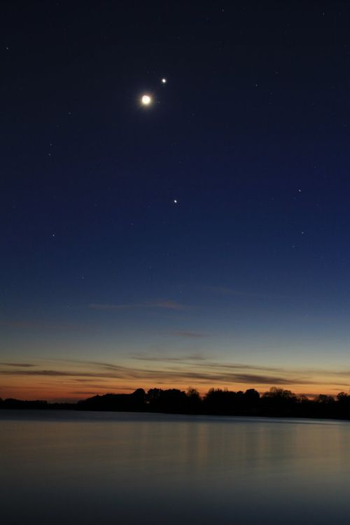 lune-venus-jupiter-crepuscule-26 mars 2012