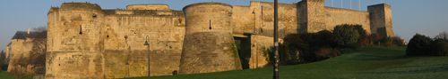 Chateau_Caen_Panoramique.jpg