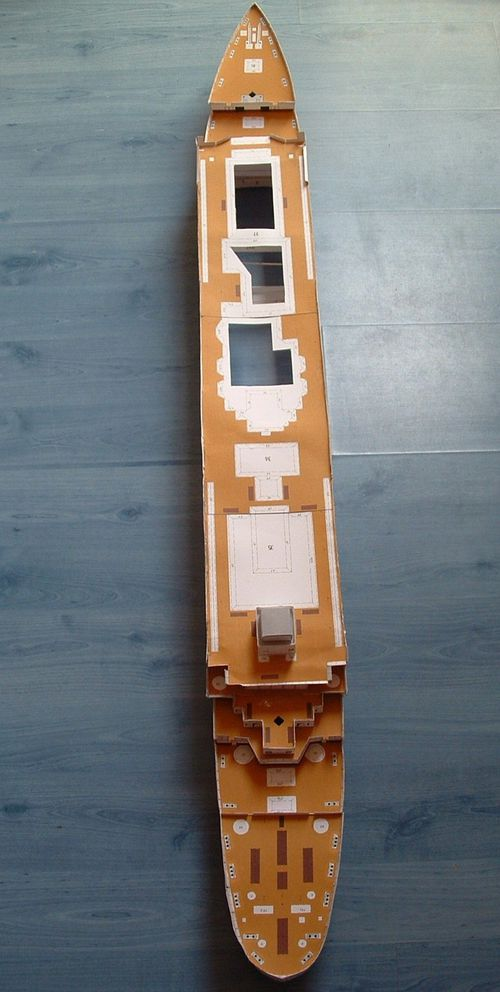 Maquette en carton - Page 3 A-2