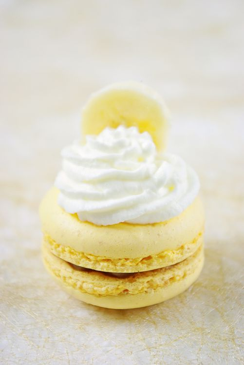 Macarons-a-la-banane-copie-1.jpg