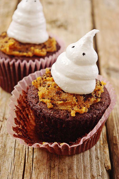 Muffins-chocolat--beurre-de-cacahuetes-et-meringu-copie-1.jpg