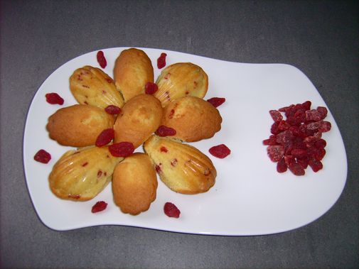 Madeleines - Page 4 Pic015