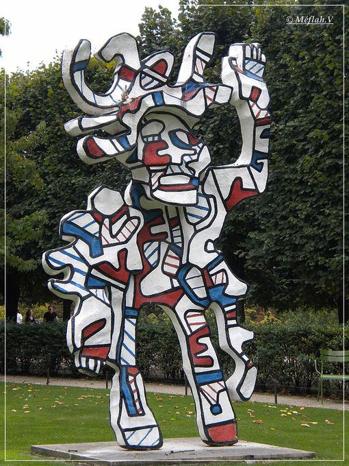 10 décembre 2011 Tuileries statues 1