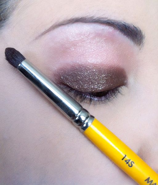 smoky-eye-brun-orange 4111