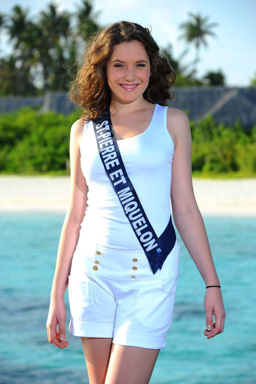 miss-saint-pierre-et-miquelon-lea-harnett-miss-france-2011.jpg