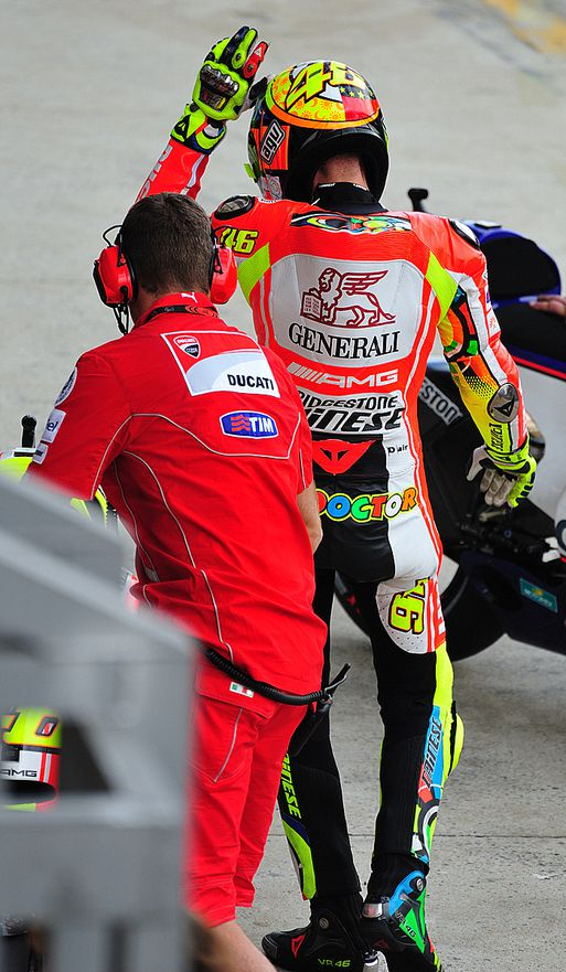 Warm up Rossi 15