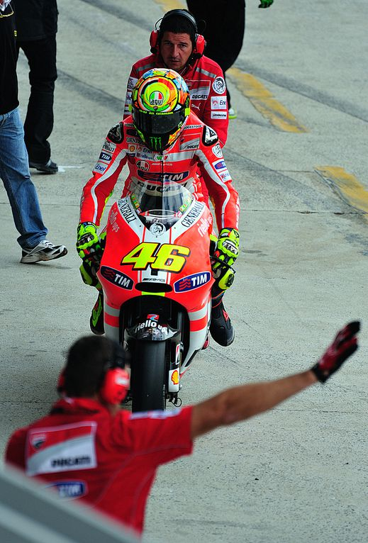 Warm up Rossi 14