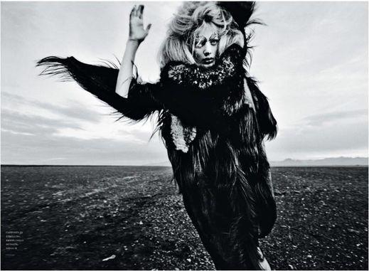 Fashion Ballyhoo - Bregje Heinen for Flair lookbook Chanel