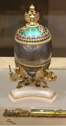 Faberge_Train_Egg_Kremlin_April_2003-2.jpg