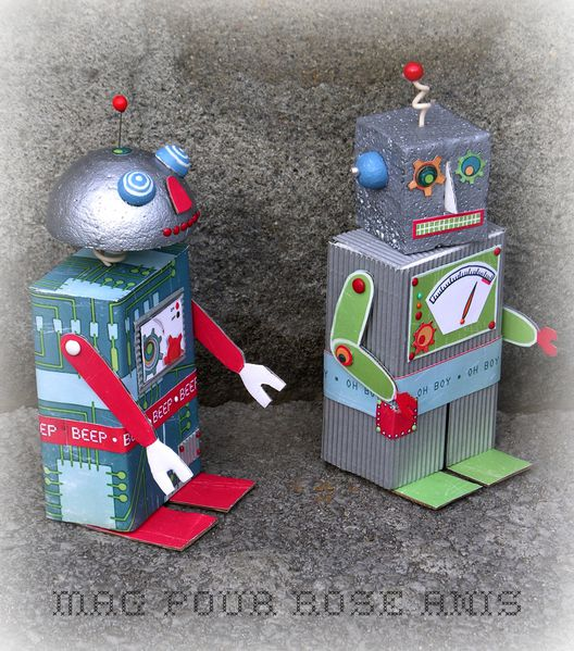 robots zoom couple