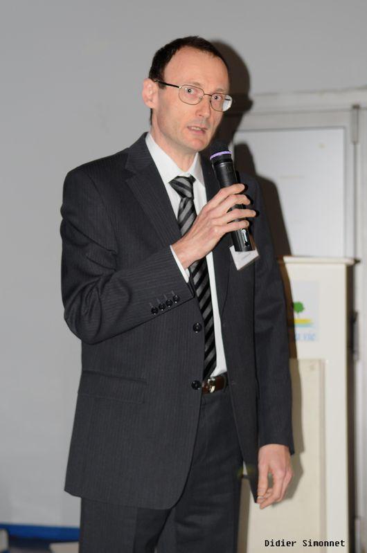 Général Farine - Conférence Eric Poisson ( photo Didier