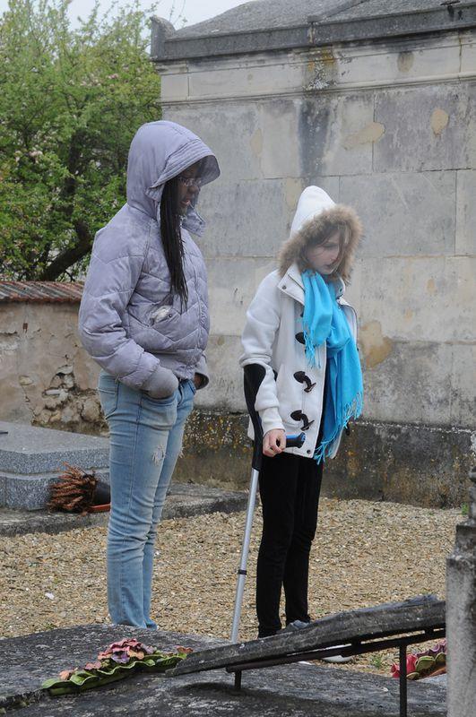 Essomes ( Aisne ) Dans le cimetière