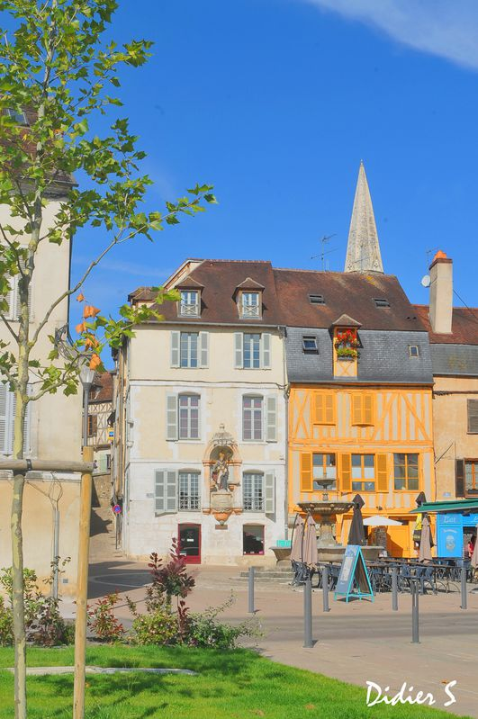 AUXERRE ( Yonne )--