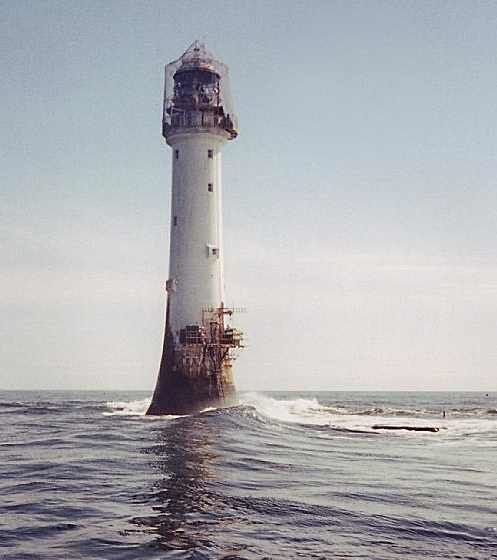 Bell_Rock_Lighthouse-ecosse.jpg